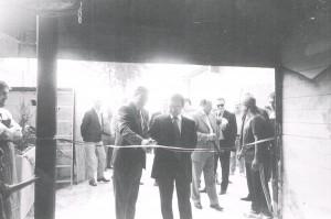 Inaugurazione fossa Parco del Monte Cucco (20/10/2000), Giuseppe Biancarelli (Pres. Comunità montana) e Emilio Bellucci (Pres. Parco Monte Cucco)